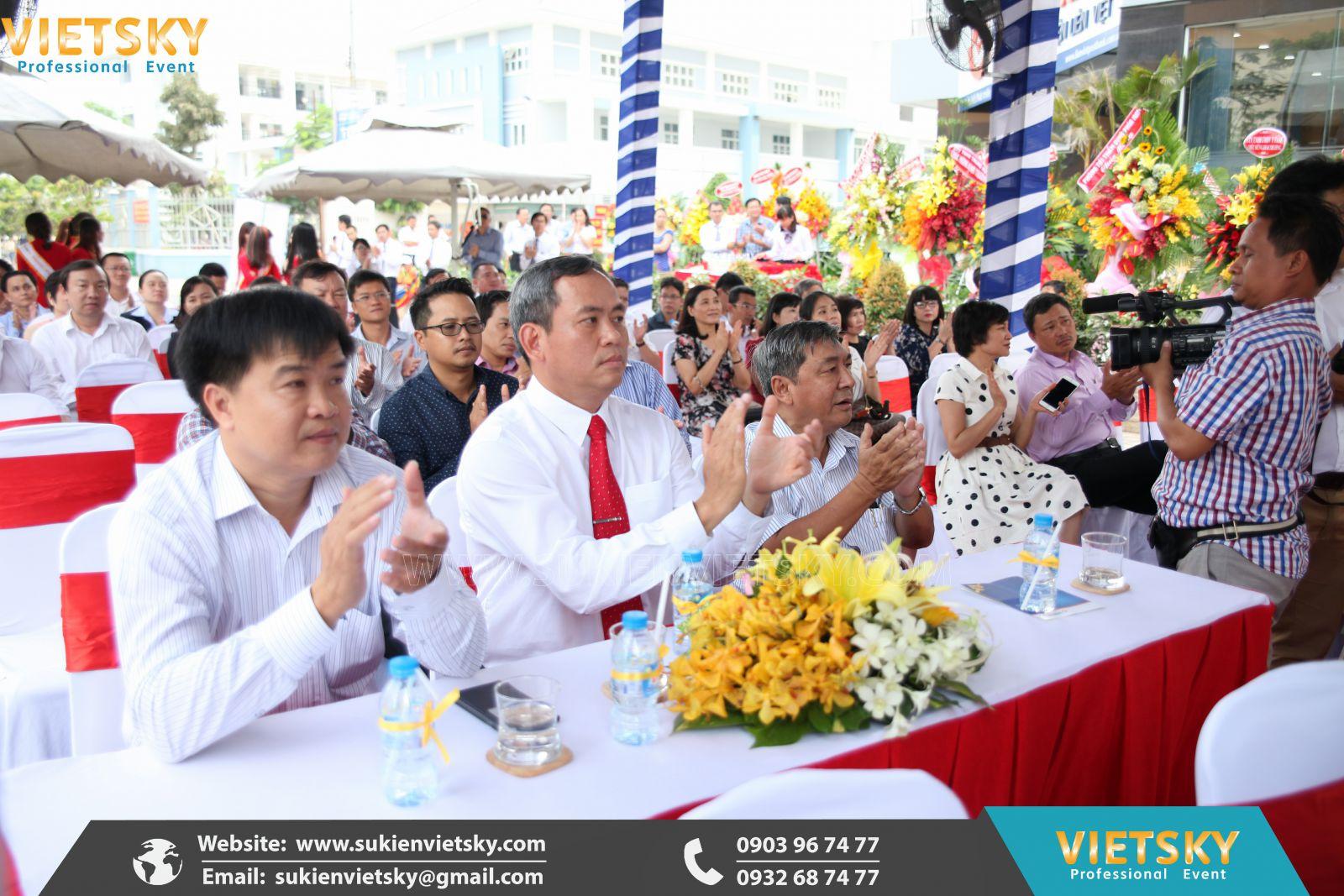 tổ chức lễ khai trương giá rẻ tại long an